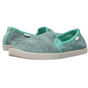 Cute Sanuk knit shoes new with tags!